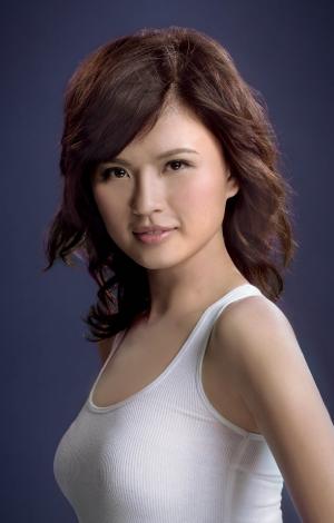 《2013香港小姐競選》候選佳麗-吳瑋雯