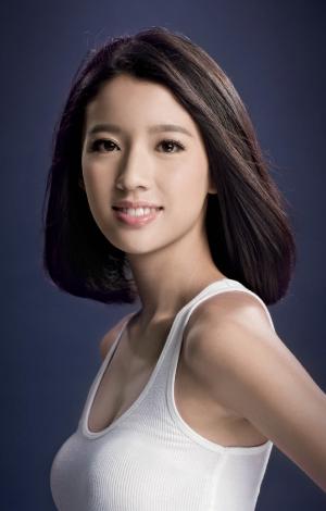 《2013香港小姐競選》候選佳麗-蔡思貝