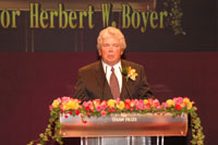 Professor Herbert W. Boyer, Laureate of the Shaw Prize in Life Science and Medicine 2004